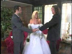 Hochzeits Dreier mit Spritzen