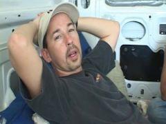 Perverser Gruppensex im Lieferwagen